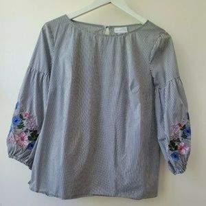 Liz Claiborne Embroidered Blouse Size Small
